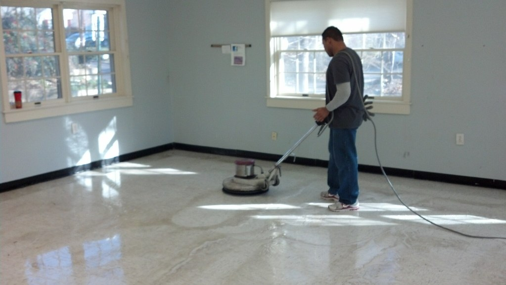 Floor-Cleaning-ACS-Oregon
